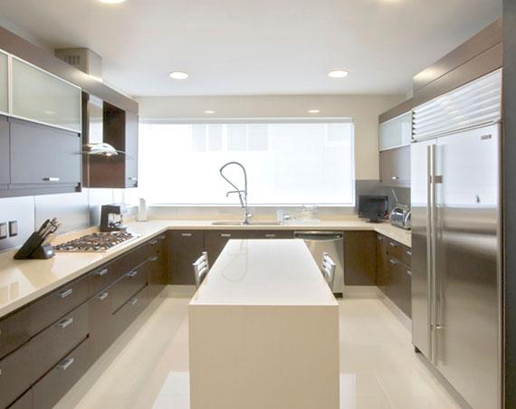 Remodelaci n de cocina pisos laminados cortinas for Remodelacion banos y cocinas
